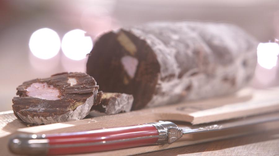 ma recette de saucisson au chocolat laurent mariotte. Black Bedroom Furniture Sets. Home Design Ideas