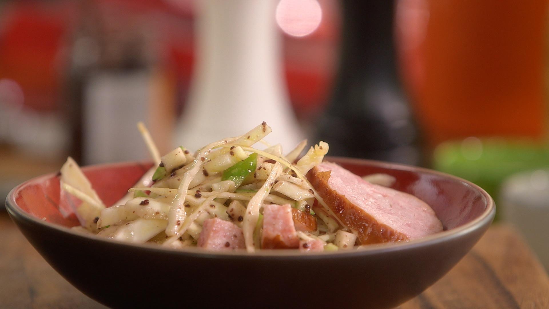 Ma recette de salade de chou et morteau laurent mariotte - Recette desherbant vinaigre blanc ...