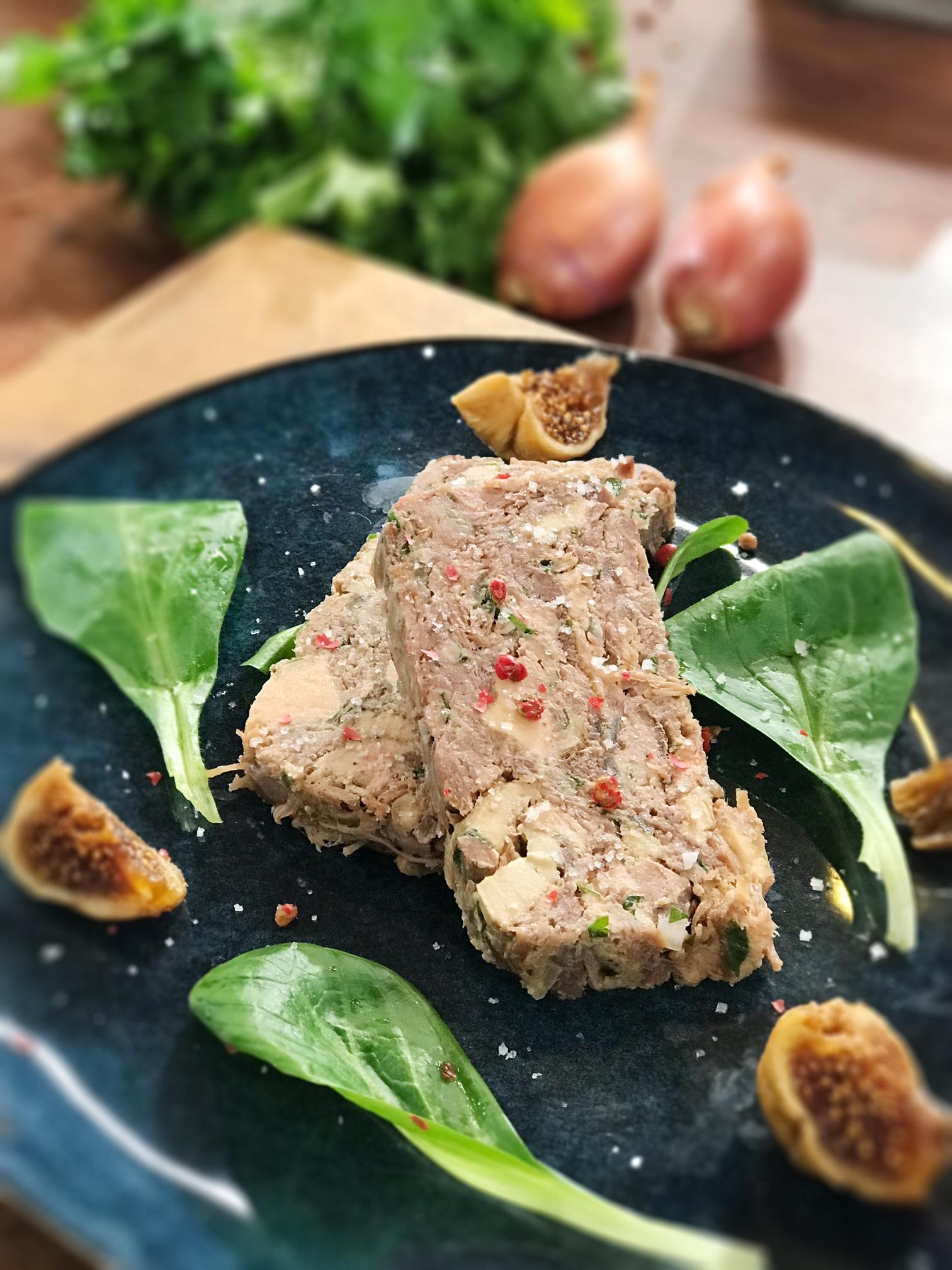 ma recette de terrine de canard confit au foie gras laurent mariotte. Black Bedroom Furniture Sets. Home Design Ideas